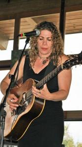 2013-08-15 Richie Havens Memorial Service @ BWCA (4) Dayna Kurtz