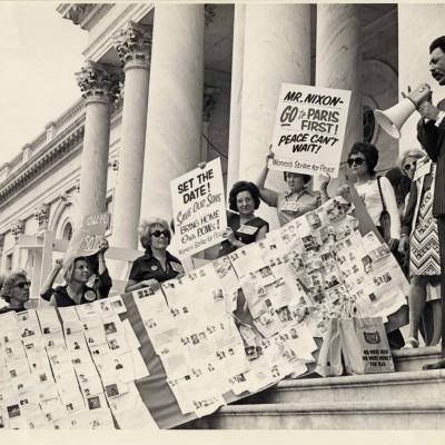 Women Srike for Peace