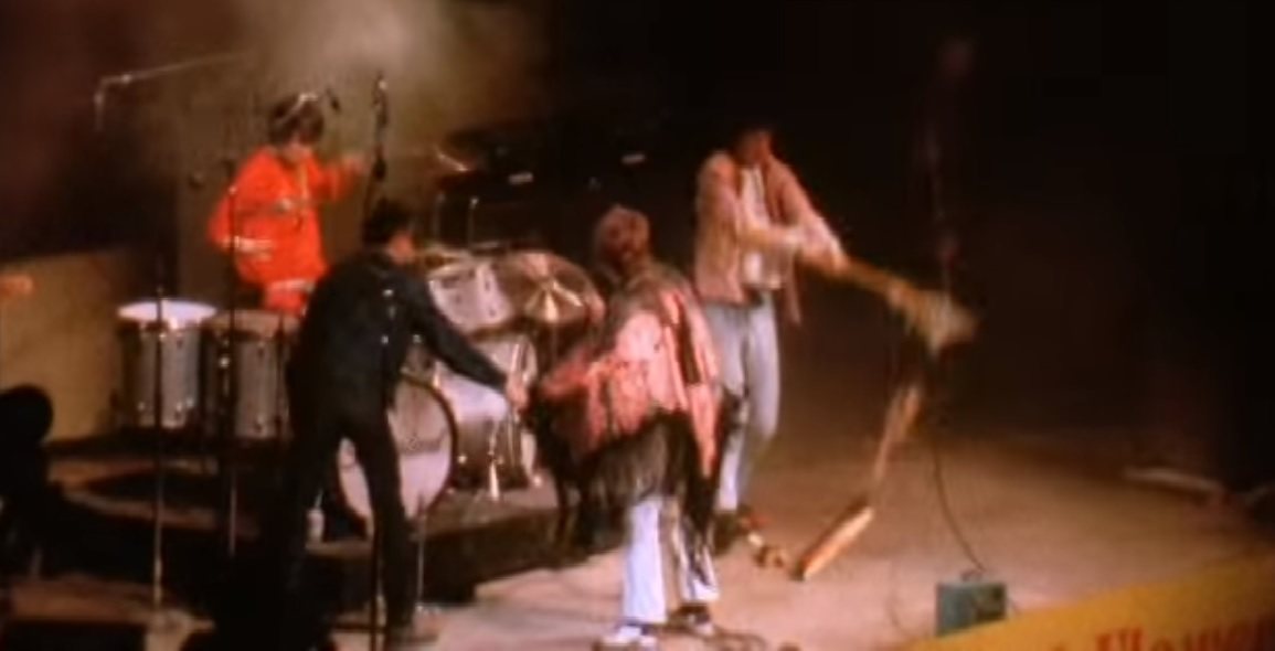 Hendrix Sets Monterey Afire